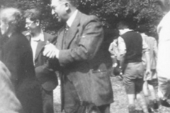 1949-04