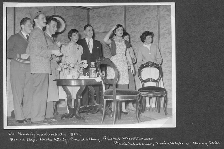 1955-toneel-02-met namen