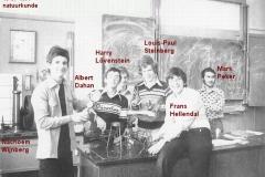 1976-1977-5V-natk-met namen