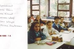 1988-1989-1A-01-met namen