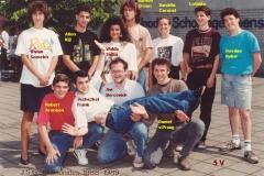 1988-1989-5V-met namen