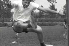 p07a-Marcel Gans-gym-196x-bij ex.1965